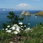 Озеро Байкал - одно из красивейших и чистейших озер в мире