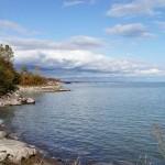 Озеро - одно из Великих озер Северной Америки, входит в число крупнейших озер мира