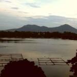 Озеро Лагуна-де-Бай вечером