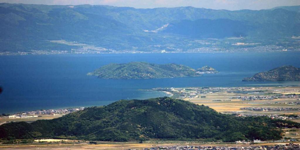 Бива - самое большое озеро Японии