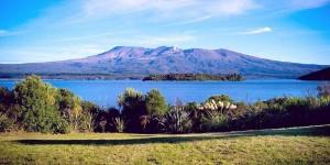 Озеро Таупо в Новой Зеландии