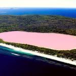 Уникальное розовое озеро Хиллиер в Австралии