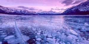 Лёд на озере Эйбрахам