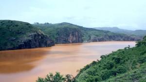 Ньос - озеро, от которого исходит угроза выбросов отравляющих газов и взрывов